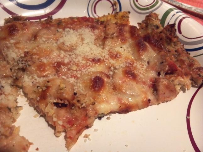 Made with sliced chicken sausage & mozzarella cheese